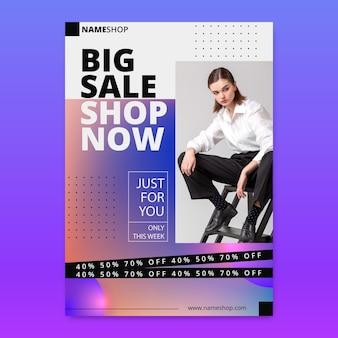 Verloop verticale verkoop poster sjabloon met foto
