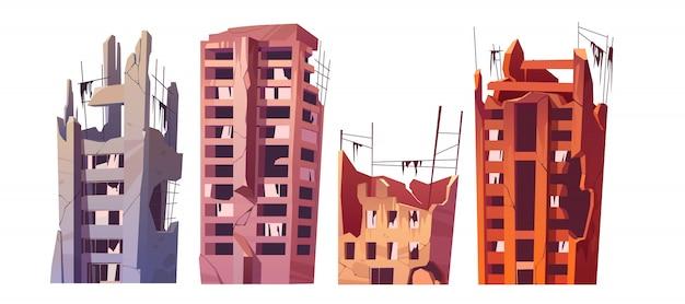 Vernietigde stadsgebouwen na oorlog of ramp