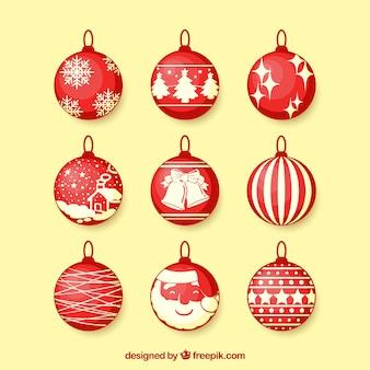 Verpakking van rode kerstballen