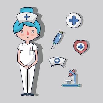 Verpleegster met eerste hulpuitrustingselementen