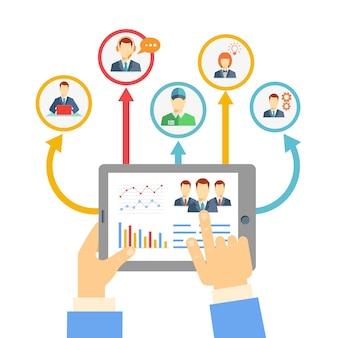 Verre bedrijfsbeheerconcept met een zakenman die een tablet houdt die verbonden analyses en grafieken toont