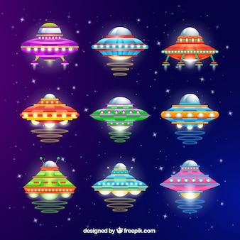 Verscheidenheid van kleurrijke ufo