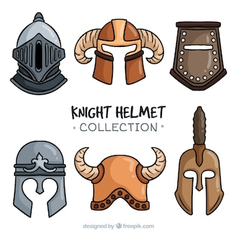 Verscheidenheid van oude ridderhelmen
