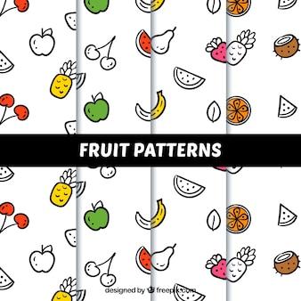 Verschillende decoratieve patronen met lineaire vruchten