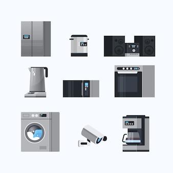 Verschillende huishoudelijke apparaten instellen elektrische huis apparatuur collectie platte witte achtergrond