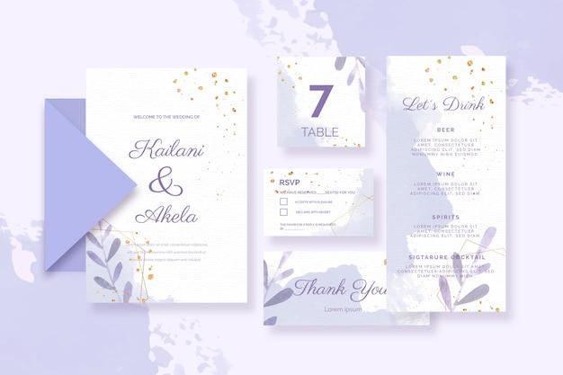 Verschillende papieren voor bruiloft in blauwe tinten