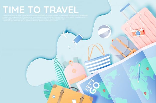 Verschillende tas en bagage voor reizen in papieren kunststijl en pastelkleur