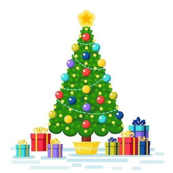 Versierde kerstboom met geschenkdozen, ster, lichten, decoratieballen. vrolijk kerstfeest en een gelukkig nieuwjaar