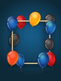 Verticaal leeg kader met kleurenballons.