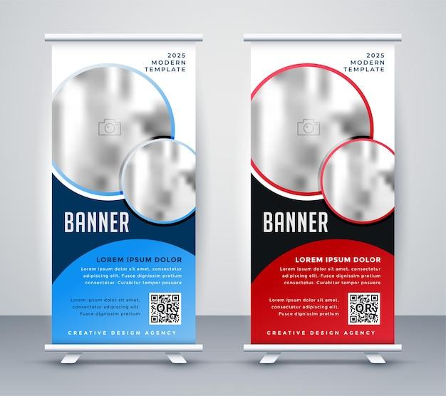 Verticaal oprolbaar bannerontwerp met staande sjabloon