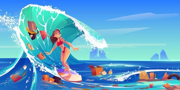 Vervuiling zee door plastic afval en vuilnis surfer meisje zwemmen in vuil water