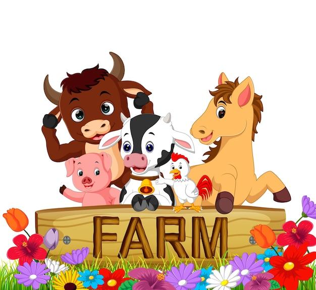 Verzameling boerderijdieren in de tuin