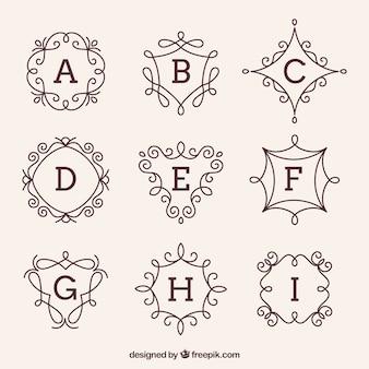 Verzameling van decoratieve hand getekende monogrammen