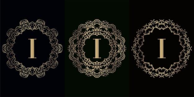 Verzameling van logo initiaal i met luxe mandala ornament frame