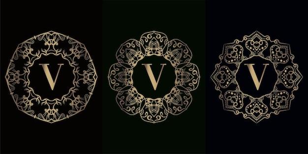 Verzameling van logo-initiaal v met luxe mandala-ornamentframe