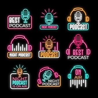 Verzameling van neon podcast-logo's