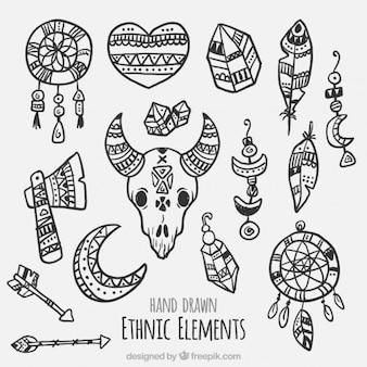 Verzameling van tribale handgetekende elementen