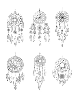 Verzameling van vector dreamcathers in boho-stijl. mystieke interieurs. lijn kunst