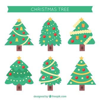 Verzameling van versierde kerstbomen in verschillende vormen