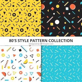Verzameling van vier patronen met geometrische elementen in plat design