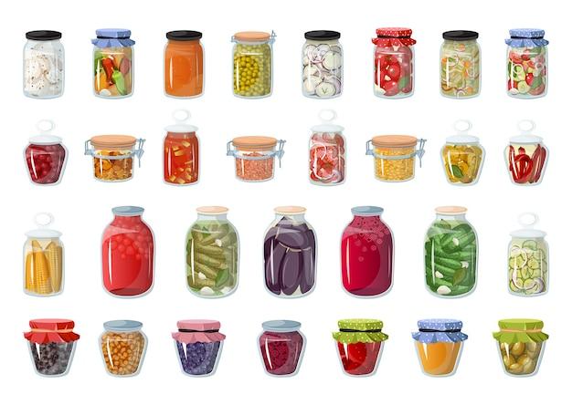Verzameling van voedselmarinades in glazen potten