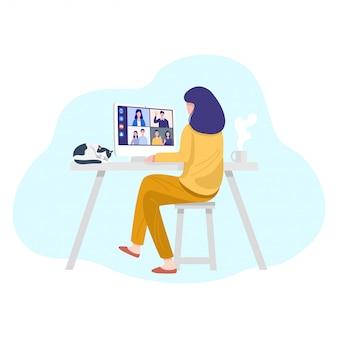 Videoconferentie thuis, vrouw die videogesprekvergadering met cliënten thuis heeft.