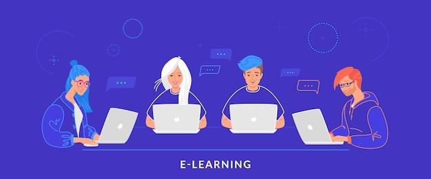 Vier tieners die met laptop aan het werkbureau werken die op toetsenbord typen. platte lijn vectorillustratie van e-learning, studenten studeren en online chatten. groep mensen die laptop op blauwe achtergrond gebruiken