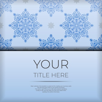 Vierkante ansichtkaartsjabloon in blauwe kleur met luxe zwarte patronen. printklaar uitnodigingsontwerp met vintage ornamenten.