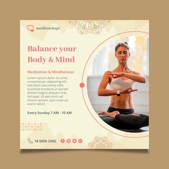 Vierkante flyer-sjabloon voor meditatie en mindfulness