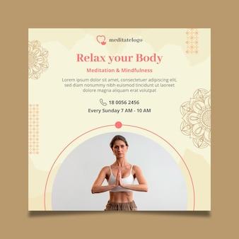 Vierkante flyer voor meditatie en mindfulness