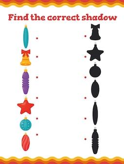 Vind de juiste schaduw educatieve spelletjes voor peuters met kerstboomversiering. preschool of kleuterschool kerst werkblad.