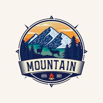 Vintage berg logo ontwerp illustratie