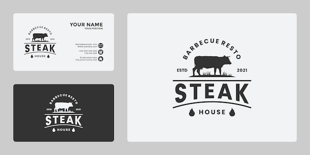 Vintage biefstuk logo ontwerp voor menu restaurant, ranch, boerderij