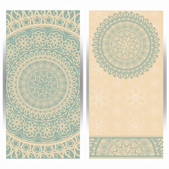 Vintage bruiloft uitnodigingskaart met mandala patroon.