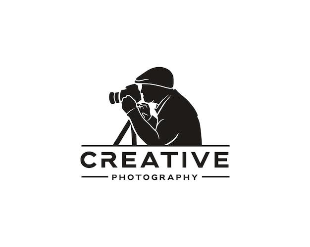 Vintage creatieve fotografie logo-ontwerp voor fotograaf of maker van inhoud