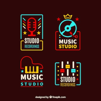 Vintage gekleurde muziek logo pakken