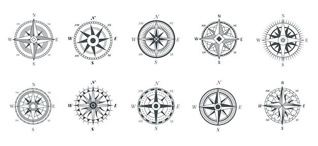 Vintage kompas. nautische windroos, kompassen voor reiskaart, vintage mariene navigatie pijlsymbolen, retro overzichtsset. kompasreizen, oude windroos voor illustratie op zee-avontuur