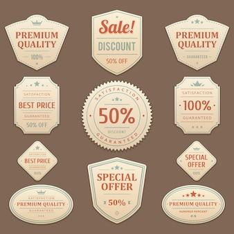 Vintage kortingen en verkoopstickers. exclusief leren vervaagd label met de beste rode promotiemarketingdeals. premium garandeert maximale kwaliteit van origineel met bedrijfsfocusembleem klant.