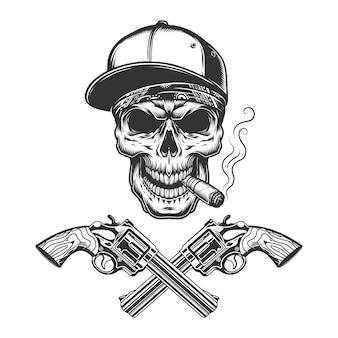 Vintage monochrome bandiet schedel rokende sigaar