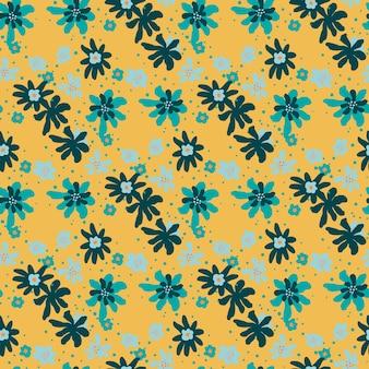 Vintage naadloze doodle patroon met willekeurige blauwe bloemen ornament. oranje achtergrond.