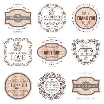 Vintage romantische etiketten instellen met bruiloft uitnodiging liefde amoureuze inscripties duif sierlijsten