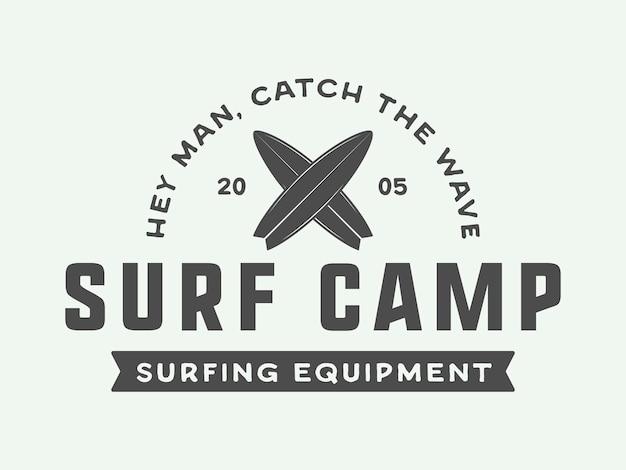 Vintage surfen logo embleem badge label mark internationale surfdag kaart