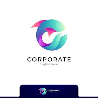 Vis gradiënt logo geïsoleerd op wit