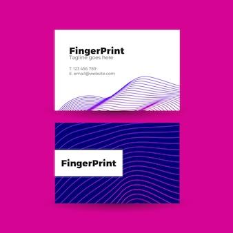 Visitekaartje met geometrische paarse lijnen