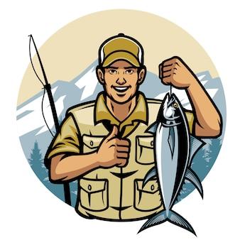 Visser die terwijl het houden van tonijn glimlacht