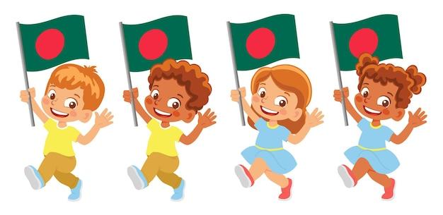 Vlag van bangladesh in de hand. kinderen die vlag houden. nationale vlag van bangladesh