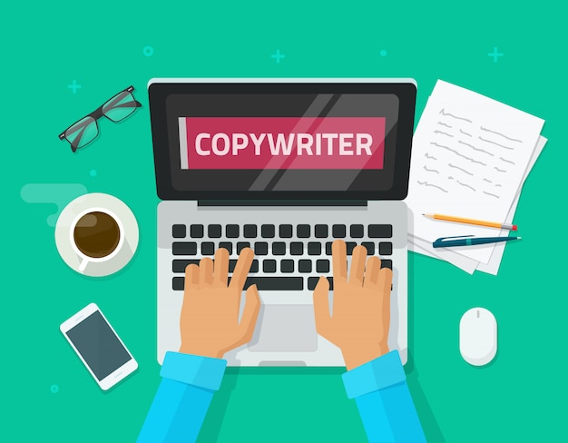 Vlakke beeldverhaalwerkplaats van copywriter die aan laptop en het schrijven van artikel werken