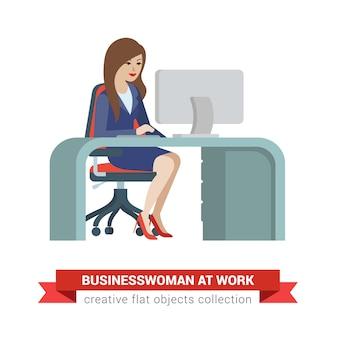 Vlakke stijl isometrische jonge mooie mooie zakenvrouw secretaris assistent manager chief accountant baas op werkplek. creatieve mensencollectie.