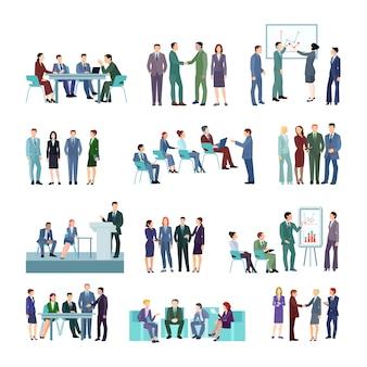 Vlakke vergaderingsconferentiegroepen reeks bedrijfsmensen die strategieën bespreken
