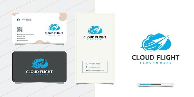 Vliegtuiglogo-ontwerp door de wolken en visitekaartjeontwerp